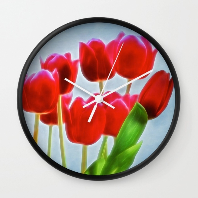 Tulips clock merch
